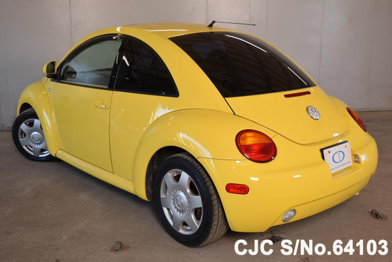 Volkswagen Beetle in Yellow for Sale Image 1