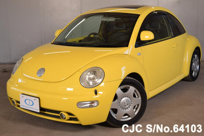 Volkswagen Beetle in Yellow for Sale Image 3