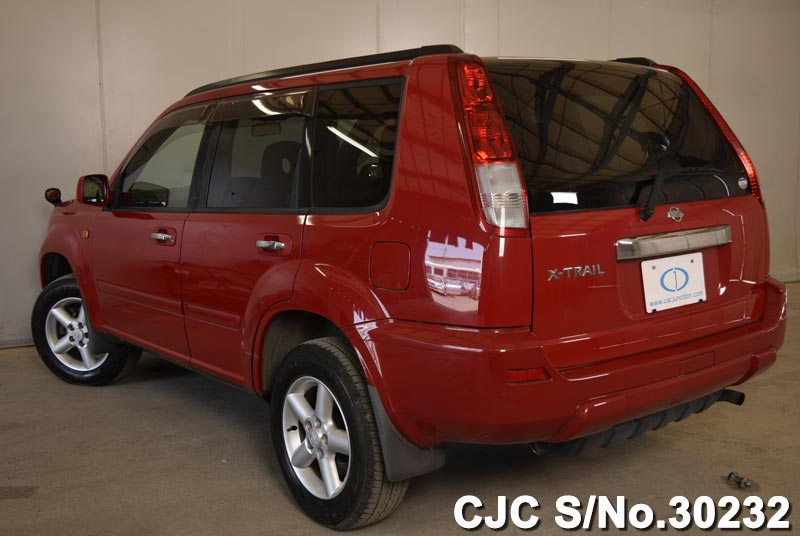 Used Nissan X Trail 2003 In Red Colour For Sale In Harare
