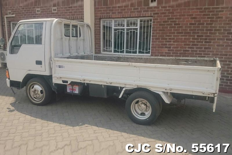 Mitsubishi Canter in White for Sale Image 6