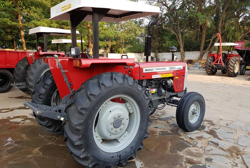 Massey Ferguson MF-360 tractor for Sale Image 2