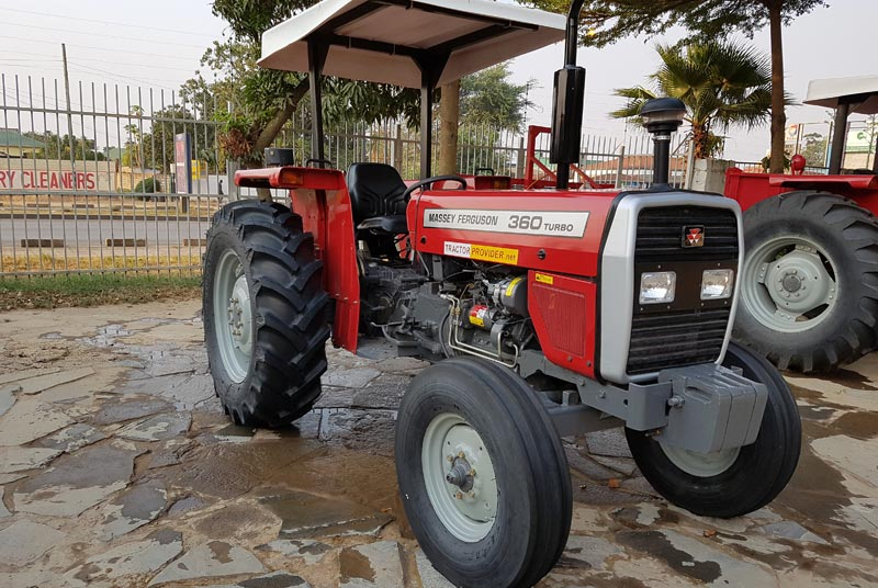 Massey Ferguson MF-360 tractor for Sale Image 4
