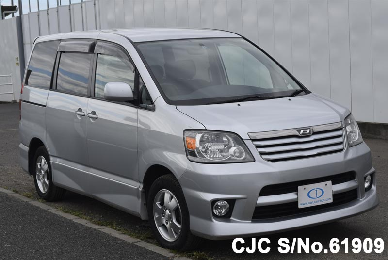 Toyota / Noah 2002 Stock No. TM1190916