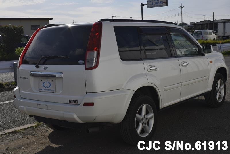Nissan X Trail in White for Sale Image 2