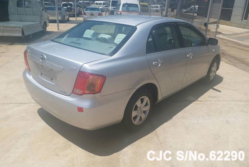 Toyota Corolla Axio in Silver for Sale Image 2