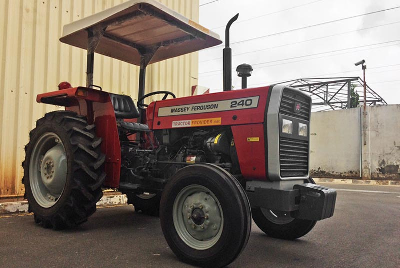 Massey Ferguson / MF-240 Stock No. TM1153726