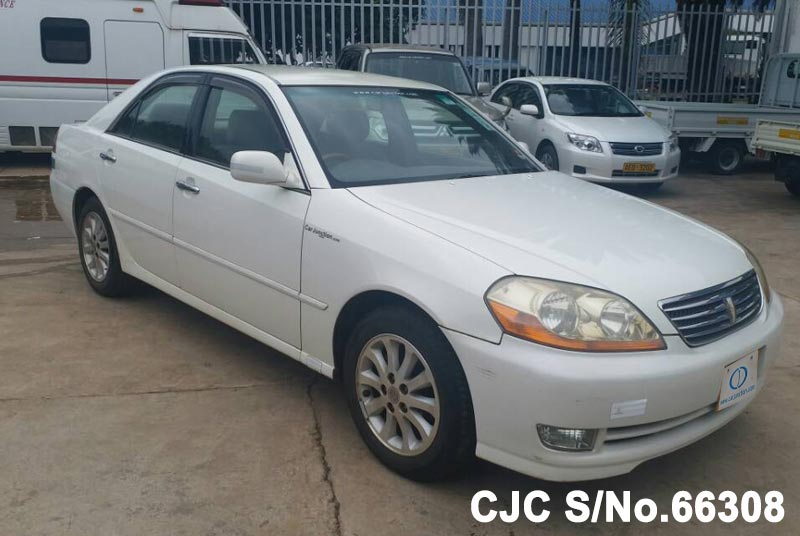 Toyota Mark II in White for Sale