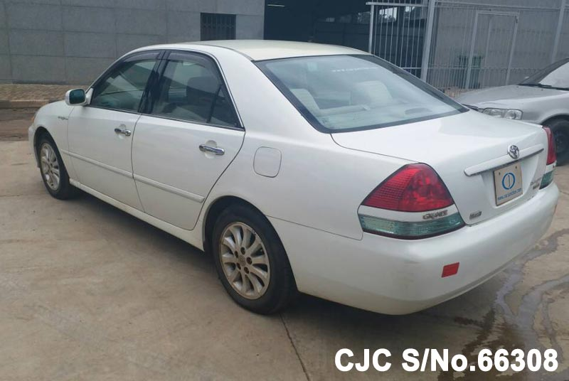 Toyota Mark II in White for Sale Image 1