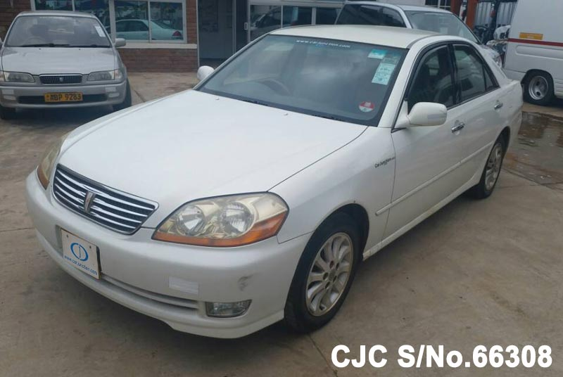 Toyota Mark II in White for Sale Image 3