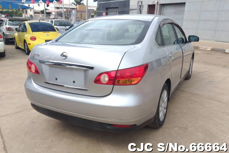 Nissan Bluebird Sylphy in Silver for Sale Image 1