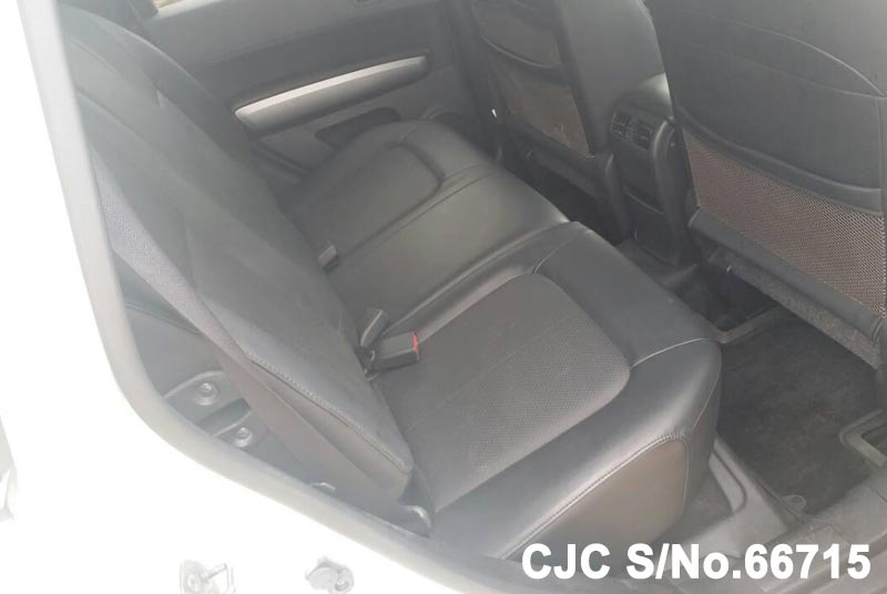 Nissan X-Trail in White for Sale Image 10