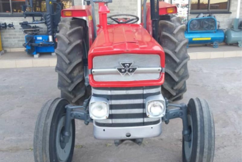 Massey Ferguson MF-135 tractor for Sale Image 5