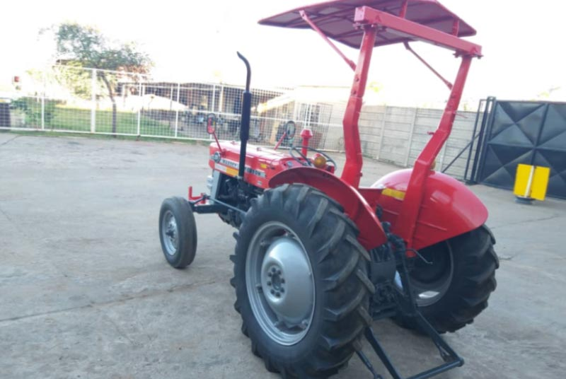 Massey Ferguson MF-135 tractor for Sale Image 2