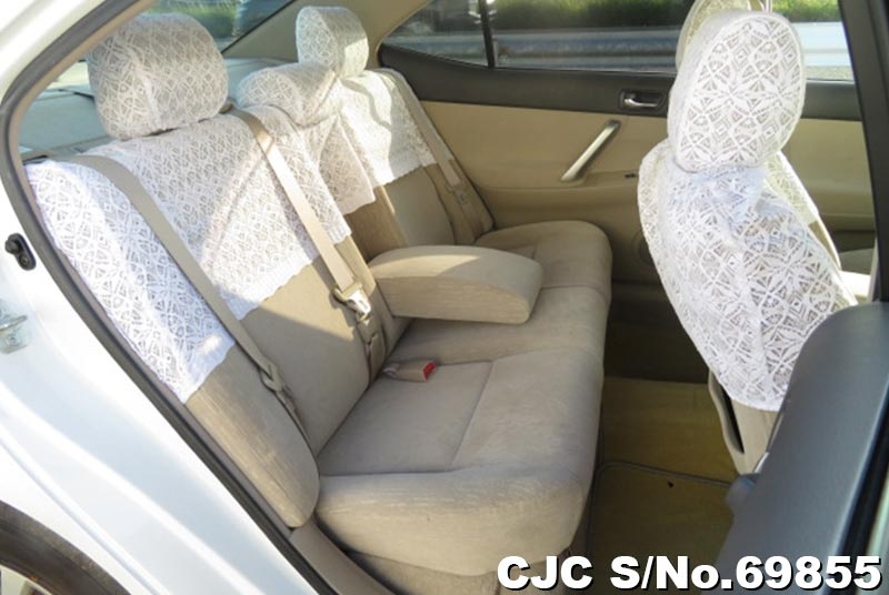 Toyota Allion in White for Sale Image 6
