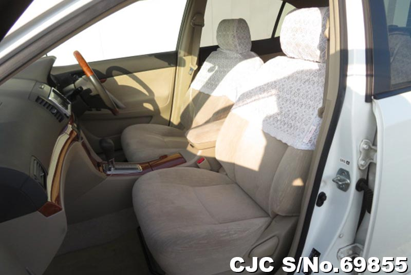 Toyota Allion in White for Sale Image 9