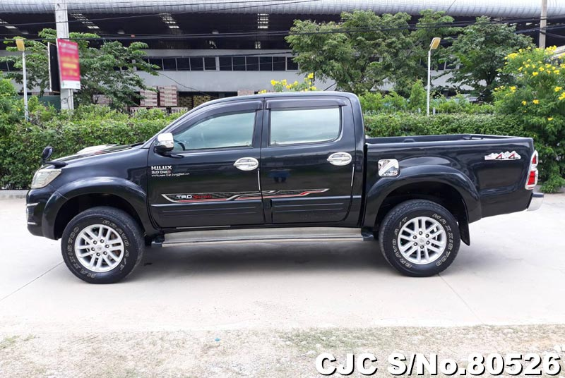 Toyota Hilux in Black for Sale Image 6