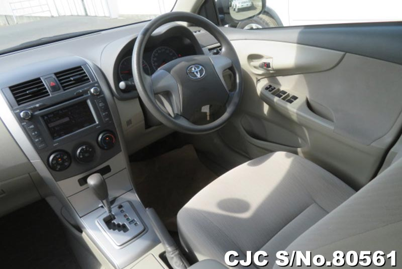 Toyota Corolla Axio in Beige for Sale Image 6