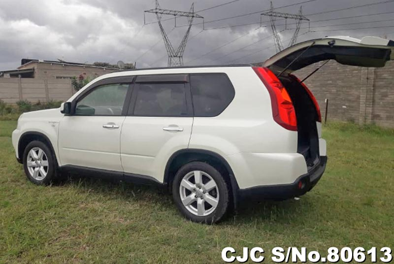 Nissan X-Trail in Pearl for Sale Image 7
