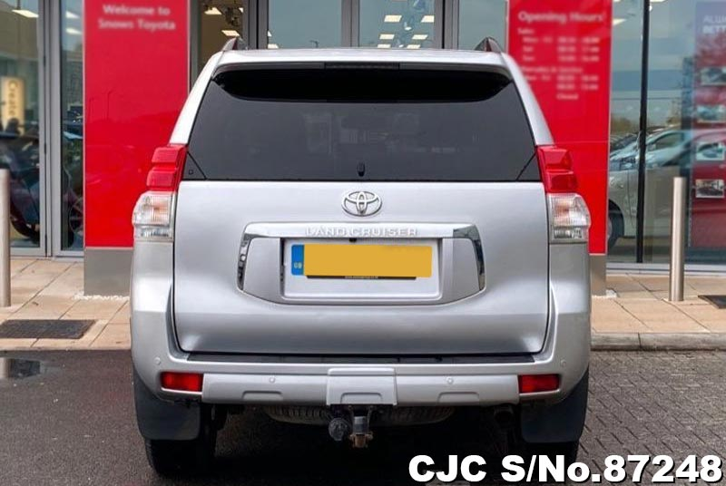 Toyota Land Cruiser Prado in Silver for Sale Image 5