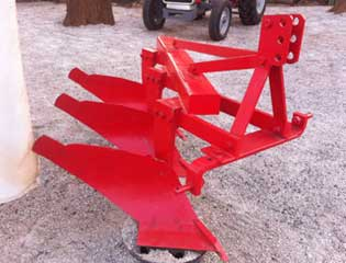 Mould Board Plough 4
